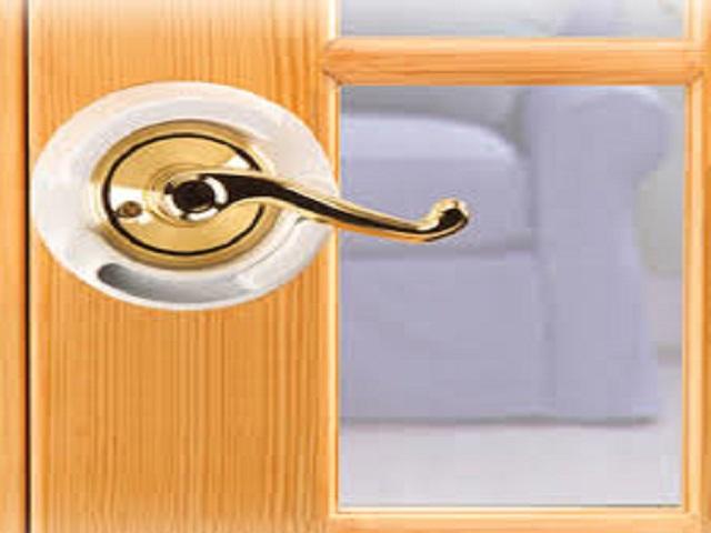 Child-Proof-Your-Door-Levers