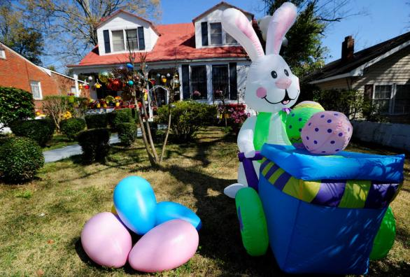 Awesome Easter Yard Inflatables