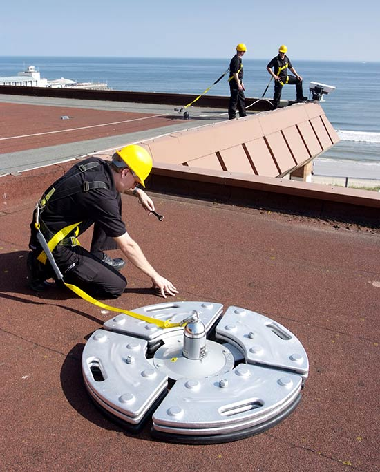 Benefits-of-the-Roof-Safety