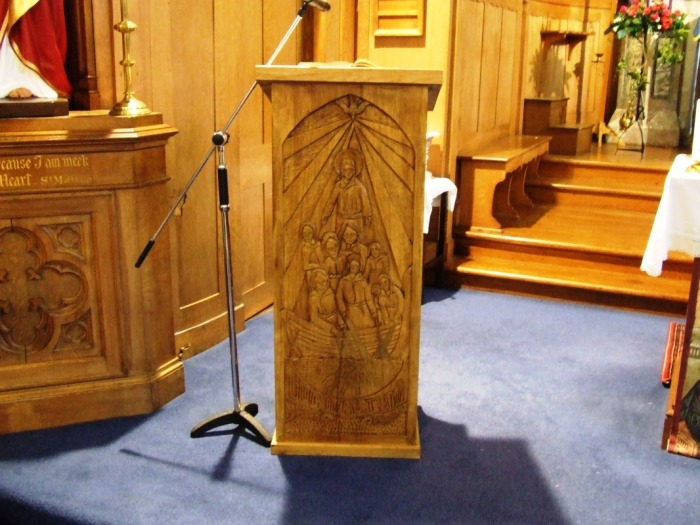 Right-Lectern