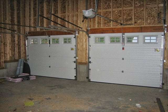 How to hire the best garage door repair company in for Garage door repair thousand oaks