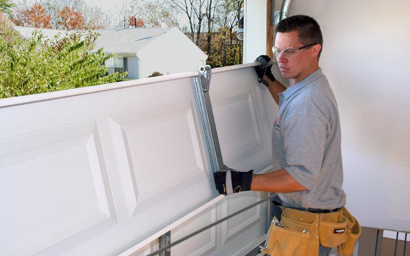 Cressy-Door-Fireplace-How-To-Choose-A-Garage-Door-Repair-Company