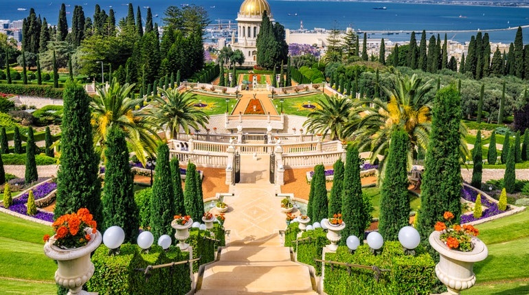 3 Unique Gardens from Around the World