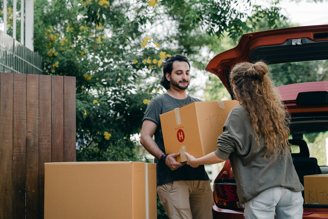 RISK-FREE RELOCATION: THINGS YOU NEED TO DO BEFORE UNLOADING BOXES